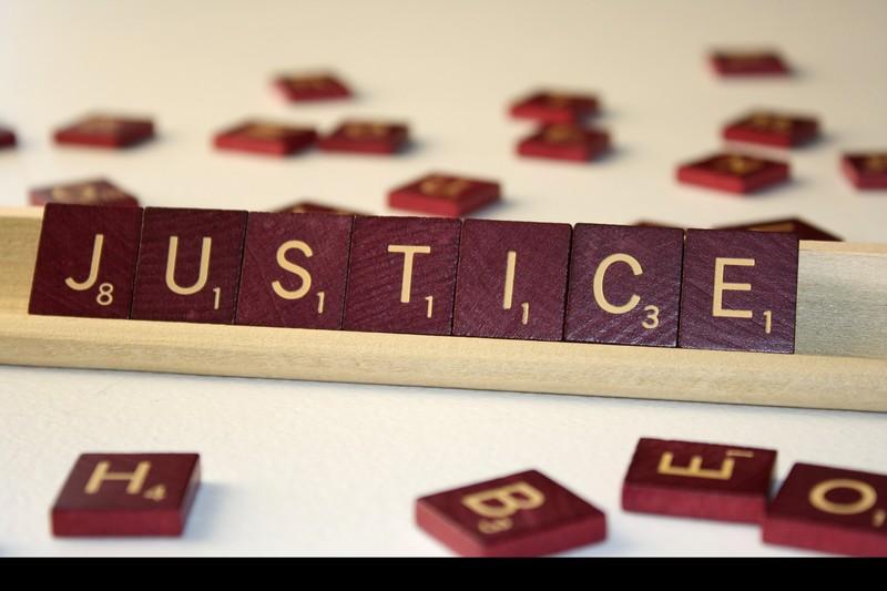 Les petits ennuis avec la justice